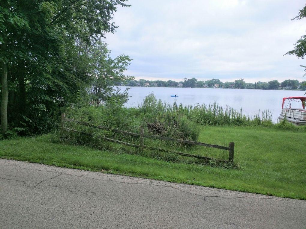 34909 N Lake Shore Dr Lake Villa, IL 60046