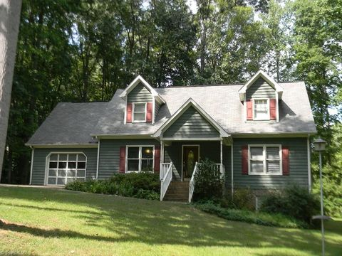 2319 Carlford Rd Pleasant Garden Nc 27313 Home For Sale Real Estate