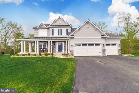 Photo of 23685 Riverwood Way, California, MD 20619