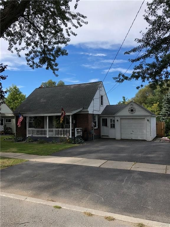 302 Knowlton Ave, Watertown, NY 13601