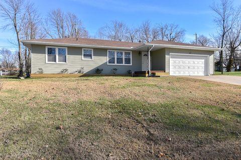 622 Mark St, Willard, MO 65781
