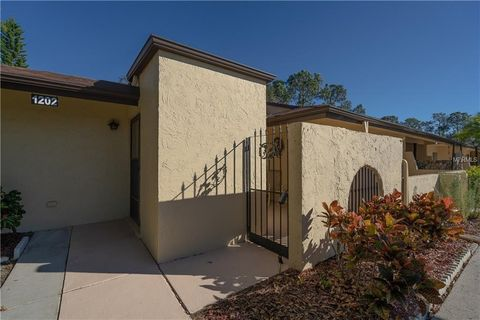 1202 Highland Ave Se, Largo, FL 33771