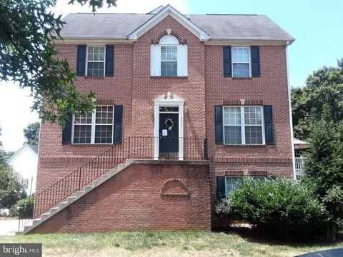 Photo of 10212 Tulip Tree Dr, Bowie, MD 20721