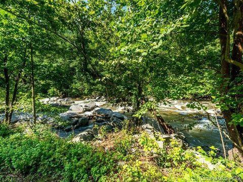 Photo of 2 Sweetner Way, Chimney Rock, NC 28720