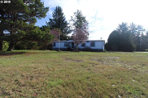 Photo of 90839 Robertson Ln, Coos Bay, OR 97420