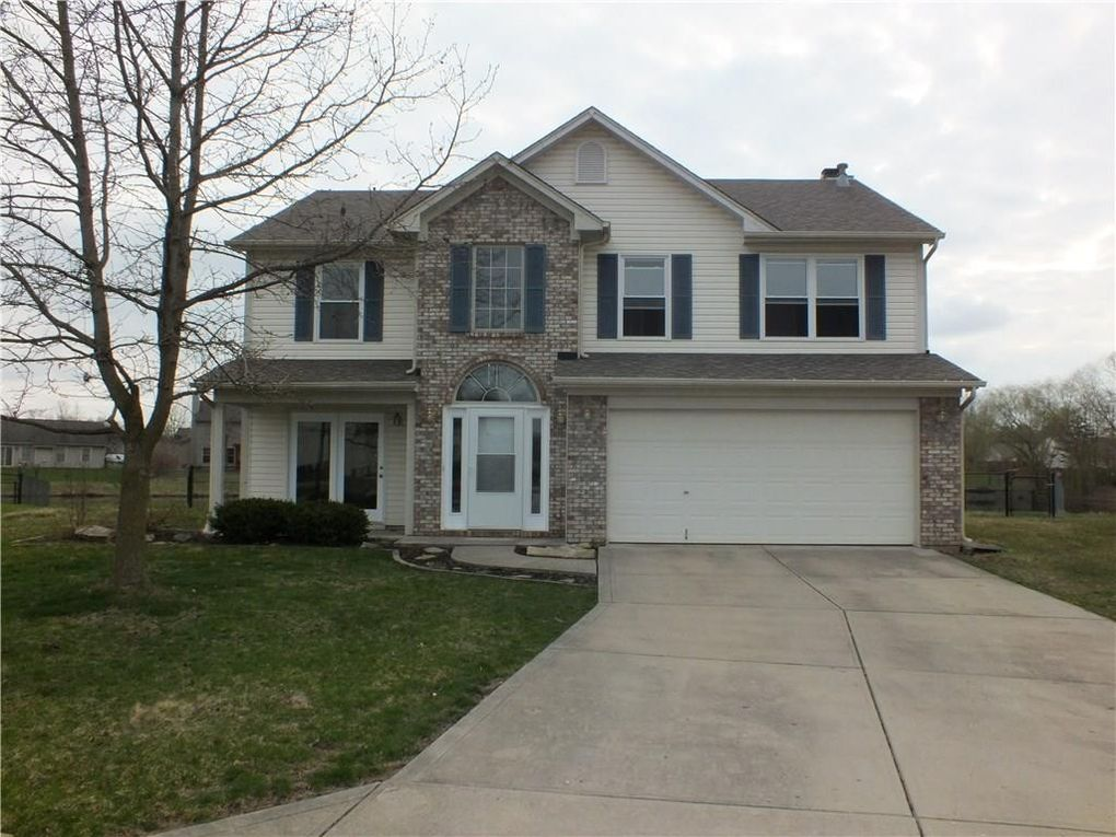 4897 Altair Ct Greenwood, IN 46142