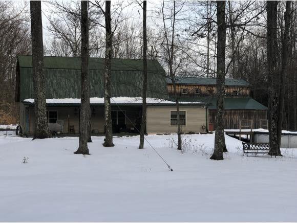 449 Worrick Pond Rd, Brackney, PA 18812