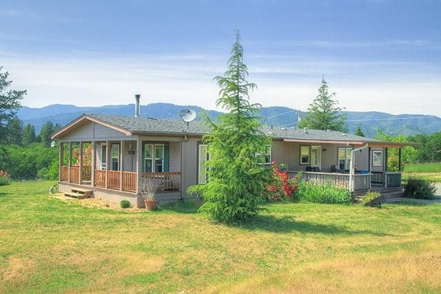465 Holmstead Rd, Williams, OR 97544