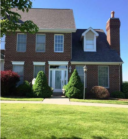 Photo of 2386 Hilltop Rd, Collier Township, PA 15142