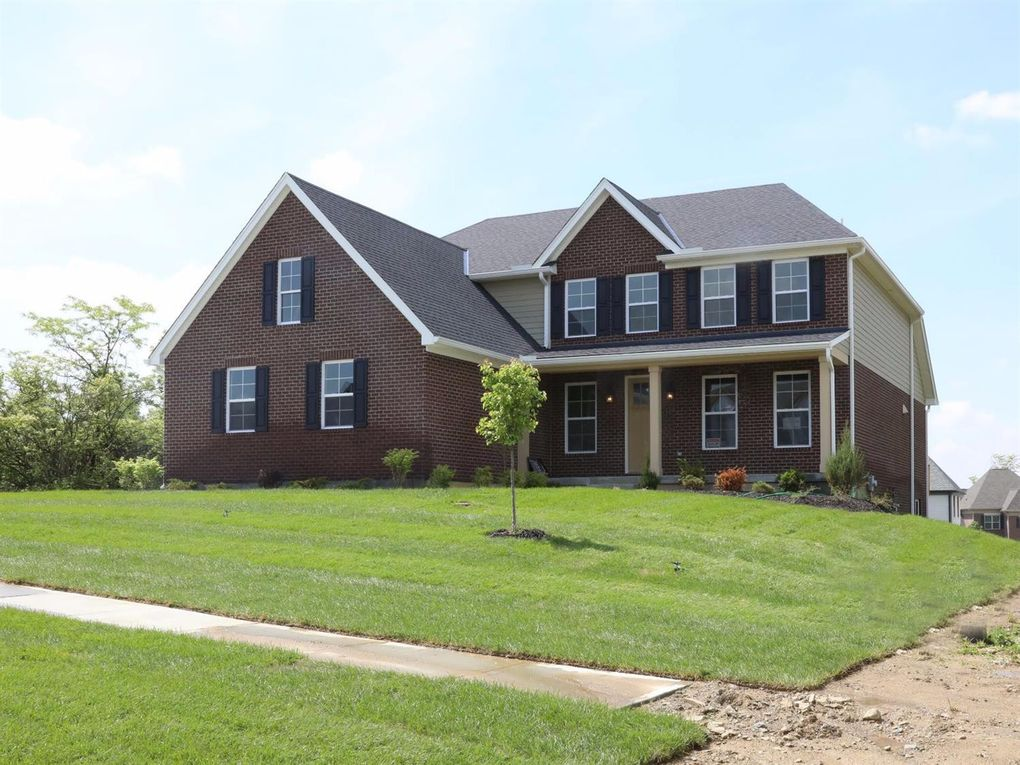 7147 Highland Bluff Dr, West Chester, OH 45069