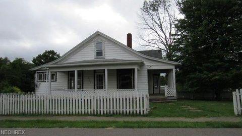 527 Virginia St, Hopedale, OH 43976