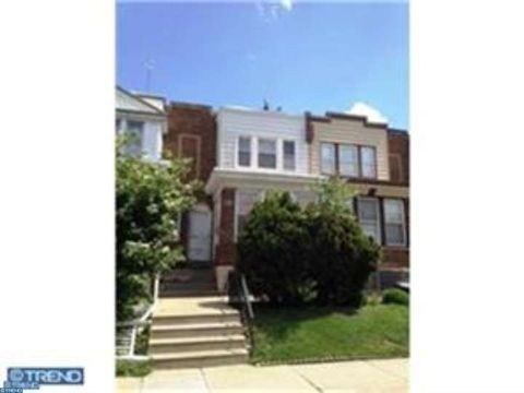 5813 Akron St, Philadelphia, PA 19149