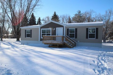 304 Horseshoe Bend St, Brookings, SD 57006