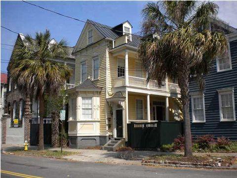 Photo of 12 Elizabeth St Apt A, Charleston, SC 29403