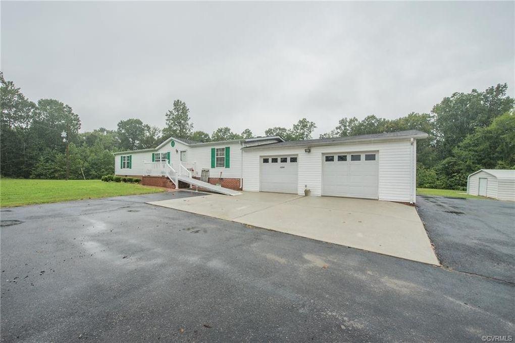 8204 Theodore Ln Stony Creek, VA 23882