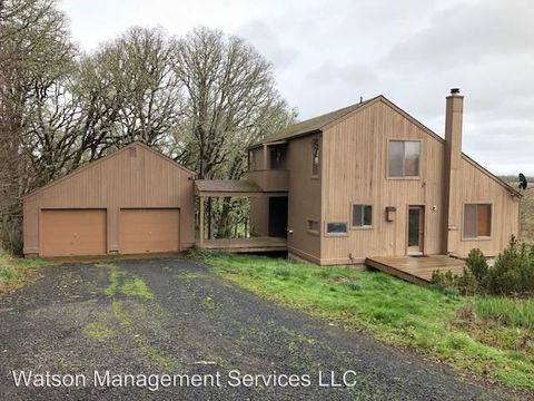 Photo of 12425 Sauerkraut Rd, Monmouth, OR 97361
