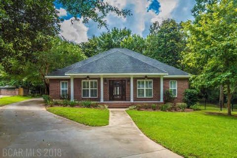 Photo of 11700 Village Green Dr, Magnolia Springs, AL 36555