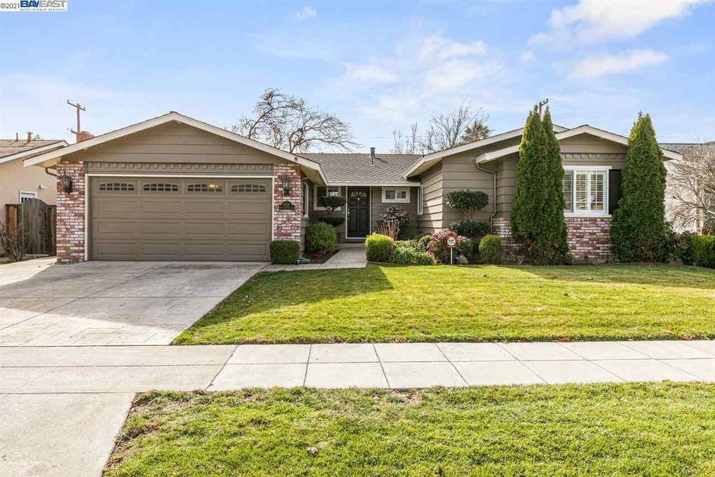 4018 Hamilton Park Dr San Jose, CA 95130