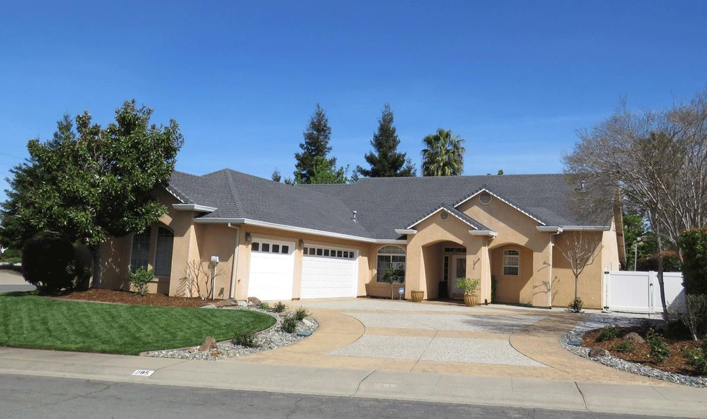 295 Kingsview Ct, Redding, CA 96003