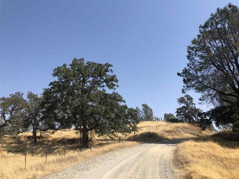 Photo of 16530 Oakridge Rd, Corning, CA 96021