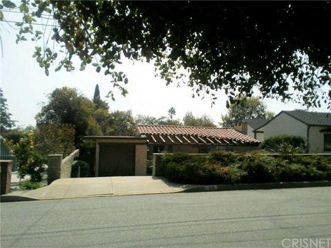 686 Fairview Ave, Sierra Madre, CA 91024