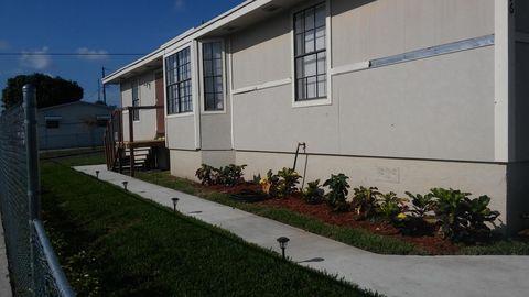 1496 W 31st St, West Palm Beach, FL 33404
