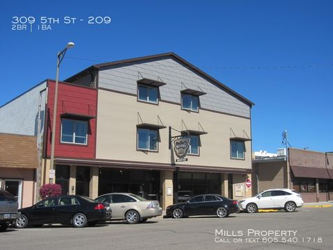 Photo of 309 5th St Apt 209, Brookings, SD 57006