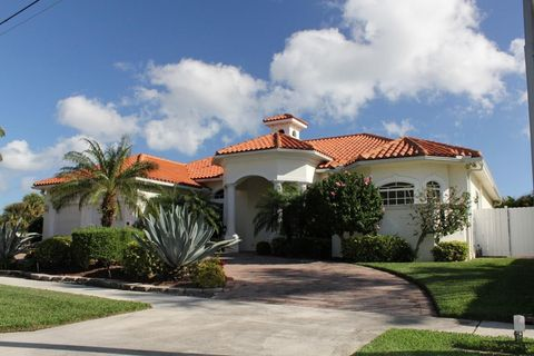 Photo Of 808 S Dr North Palm Beach Fl 33408 House For Rent