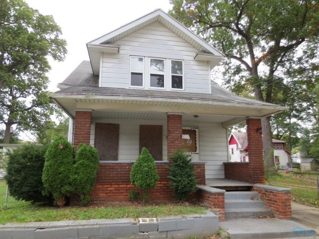 1818 Trinity Dr, Toledo, OH 43606