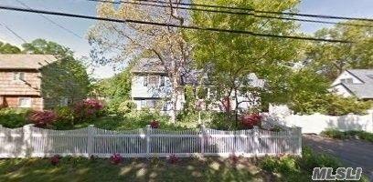 14 Lake Park St, Lake Ronkonkoma, NY 11779. Apartment For Rent