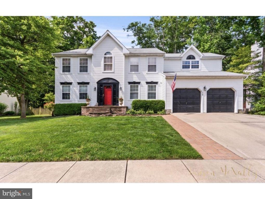 15 Maplewood Ln, Mantua, NJ 08051