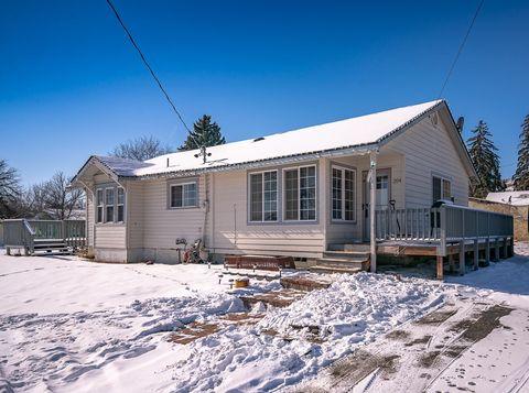 Photo of 204 Bartlett Ave, Omak, WA 98841