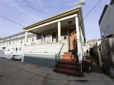 182 Beach 99 St, Queens, NY 11694