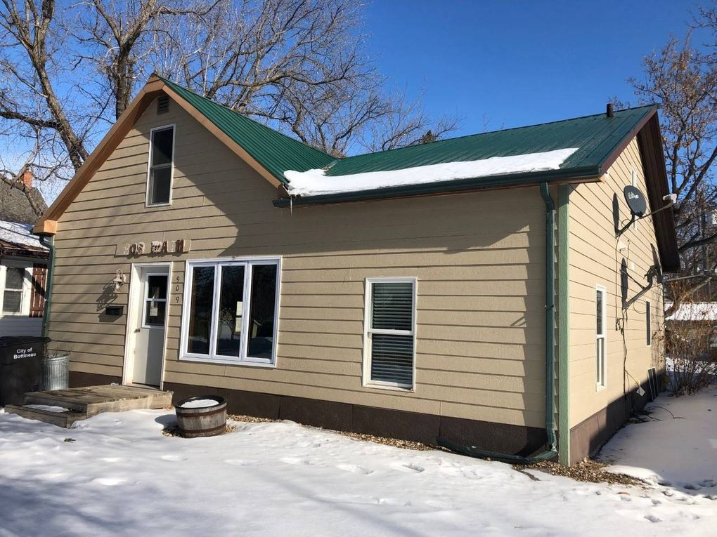 909 Main St Bottineau, ND 58318