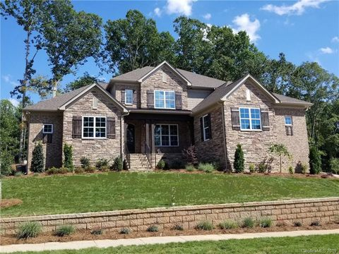 Photo of 7710 Deerfield Manor Dr Unit 60, Charlotte, NC 28270