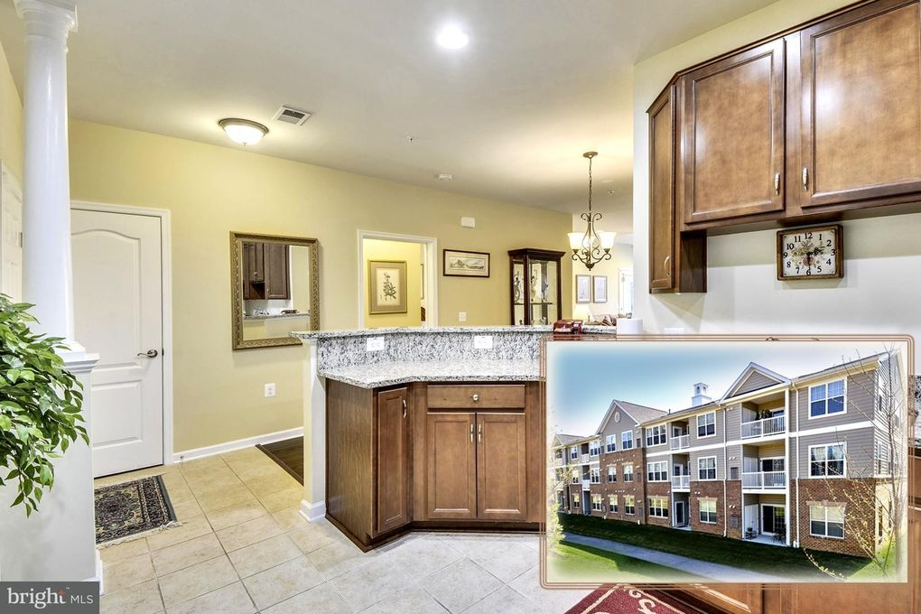 1406 Wigeon Way Unit 102 Gambrills, MD 21054