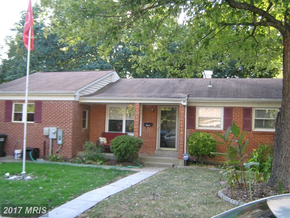 14318 Bismark Ave, Woodbridge, VA 22193