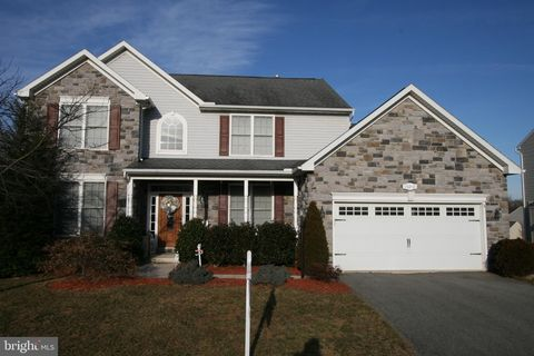 Photo of 10210 Saddlebrooke Ln, Hagerstown, MD 21740