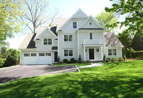 43 Hawthorne Rd, New Canaan, CT 06840