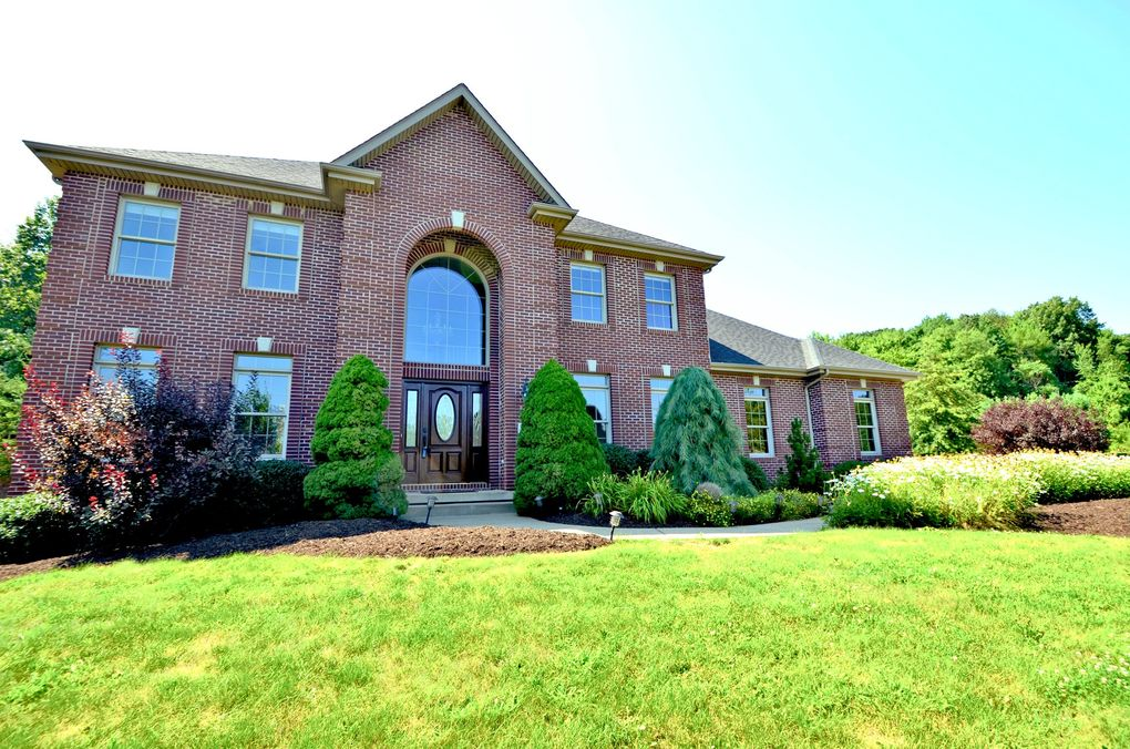 213 Dorsay Valley Dr Cranberry Twp, PA 16066