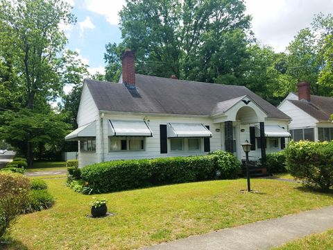 Photo of 1101 Colonial Ave, Greenville, NC 27834