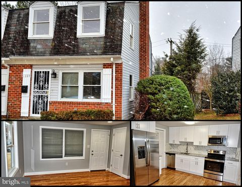 Photo of 1337 Mantle St, Baltimore, MD 21234