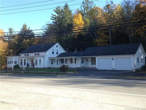 30 Beach Pond Rd, Voluntown, CT 06384