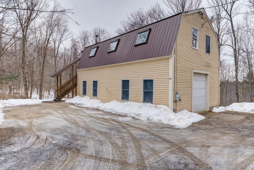 42 Dutton Hill Rd Windham, ME 04062