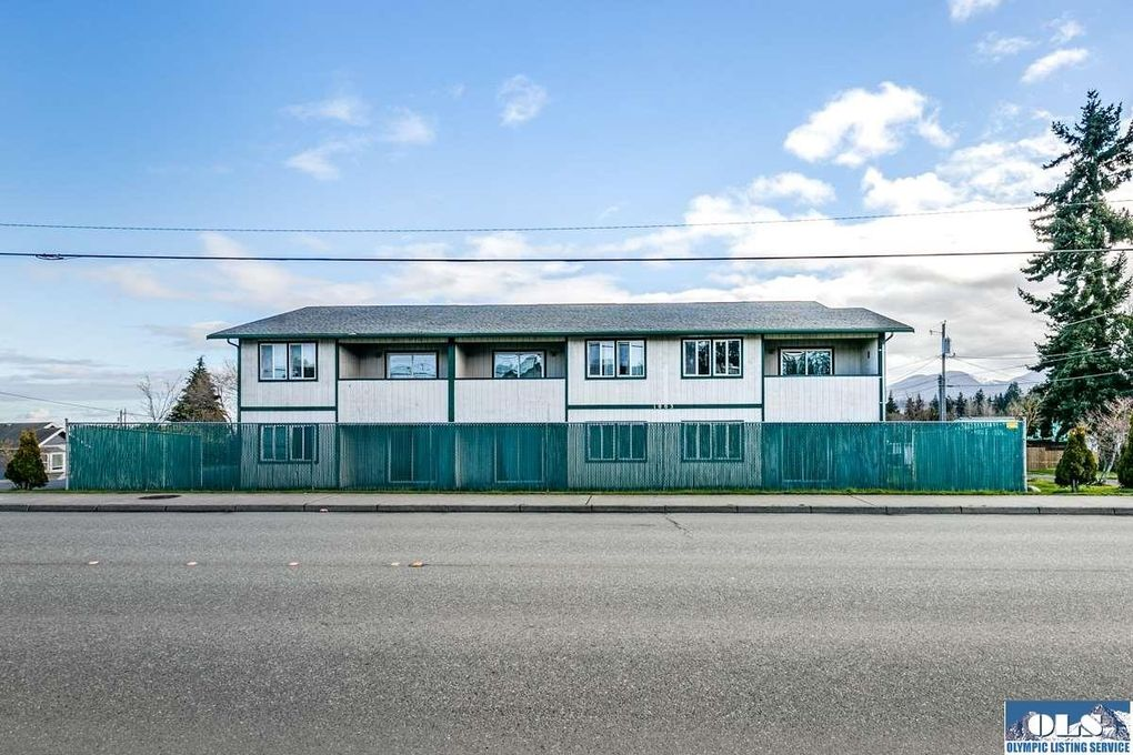 1003 S C St, Port Angeles, WA 98363