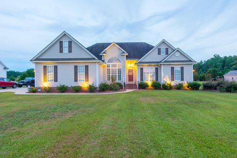 8487 Red Oak Rd, Battleboro, NC 27809