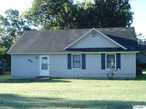 Photo of 605 Bradley St Sw, Decatur, AL 35601