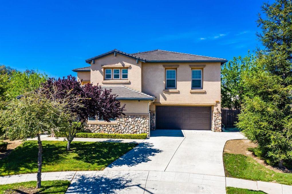 6284 E Dayton Ave, Fresno, CA 93727