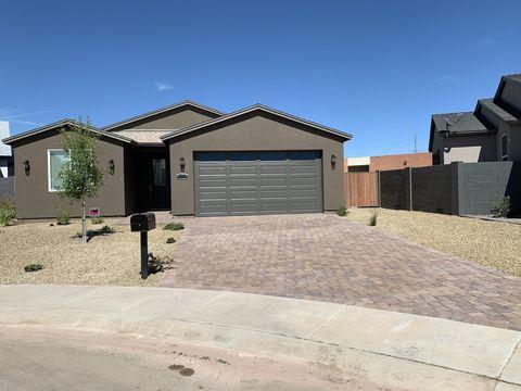 Photo of 4338 W Shaw Butte Dr, Glendale, AZ 85304