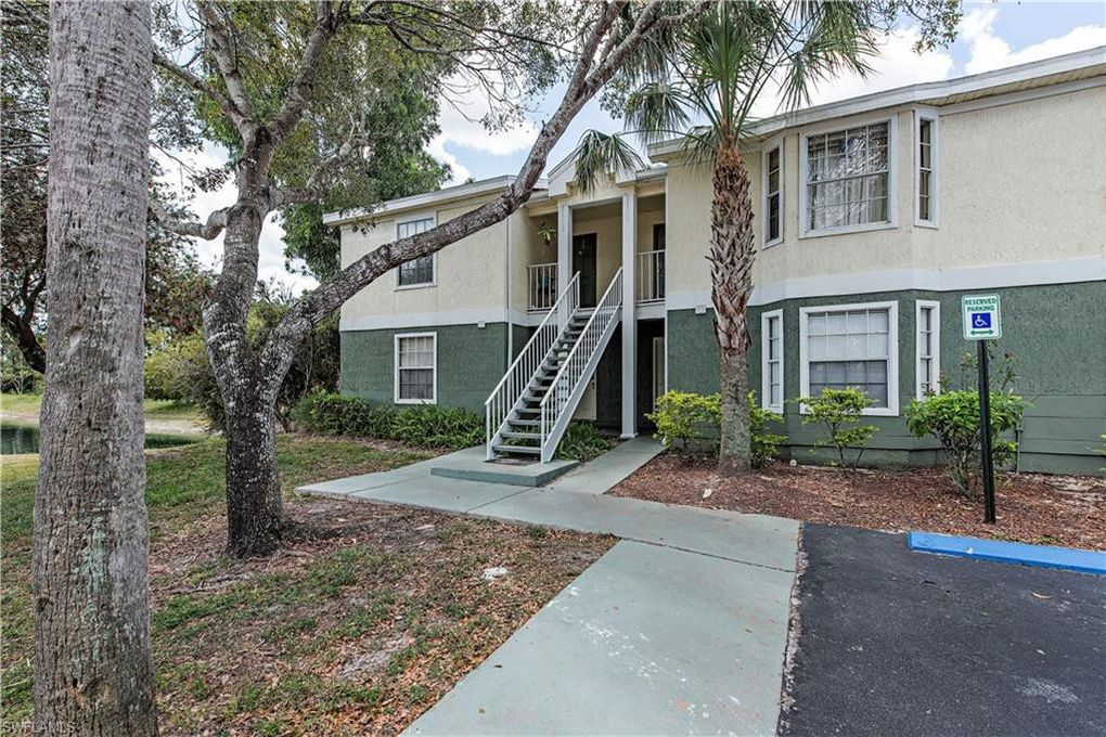 1381 Wildwood Lakes Blvd Unit 25-3, Naples, FL 34104